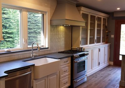 Caledon Maison Custom Kitchen