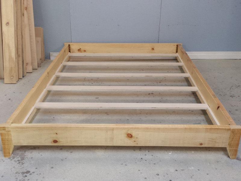Platform Wood Frame / Double Size Platform Bed / Barn Wood Bed Frame / Farm Style Platform Bed Frame