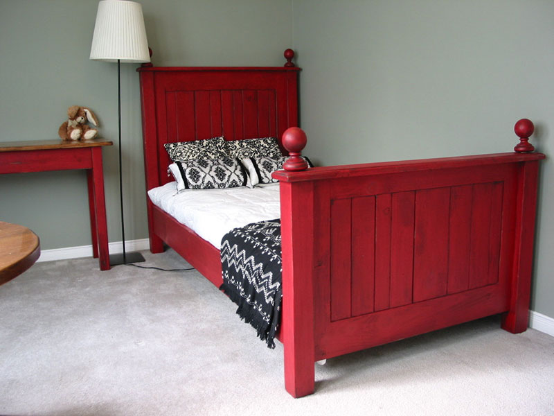 Twin Size Bed / Cottage Chic Bed / Rustic Bedroom Set / Bead Board Bed